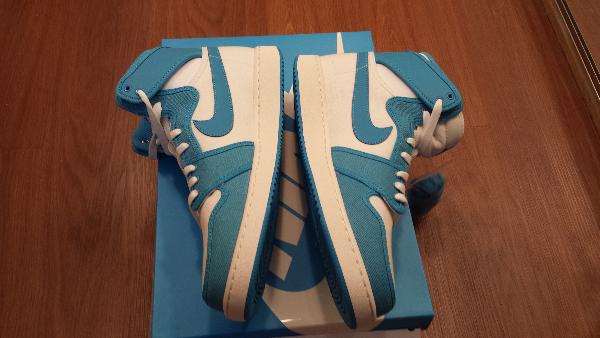 Nike Air Jordan 1 AJKO UNC (from Rivalry Pack size 11) · Vision ... 5c9ff3e74358