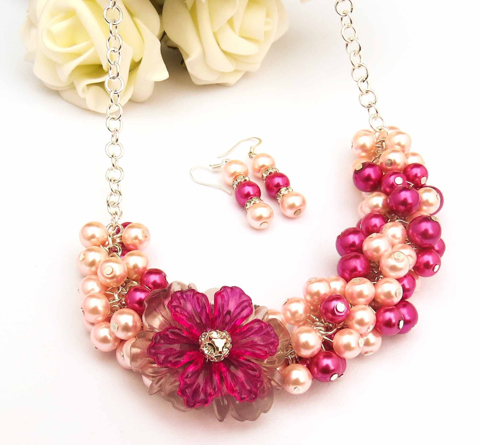 Pink Chunky Necklace Pearl Statement Necklace Vintage Style