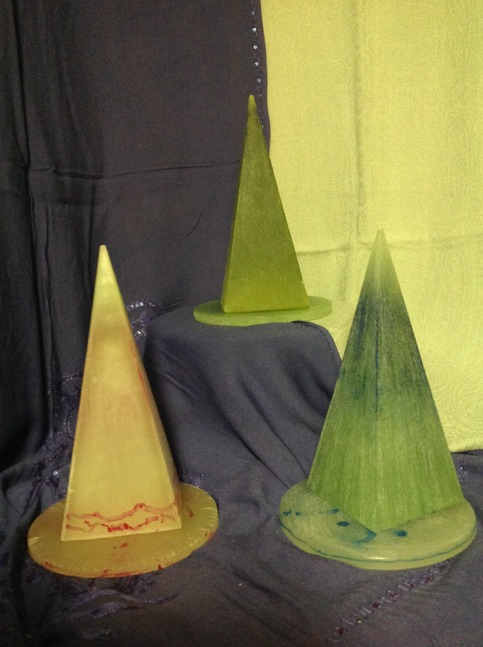 Pyramid Different Colors Luminaire Tea Light Table Lamp