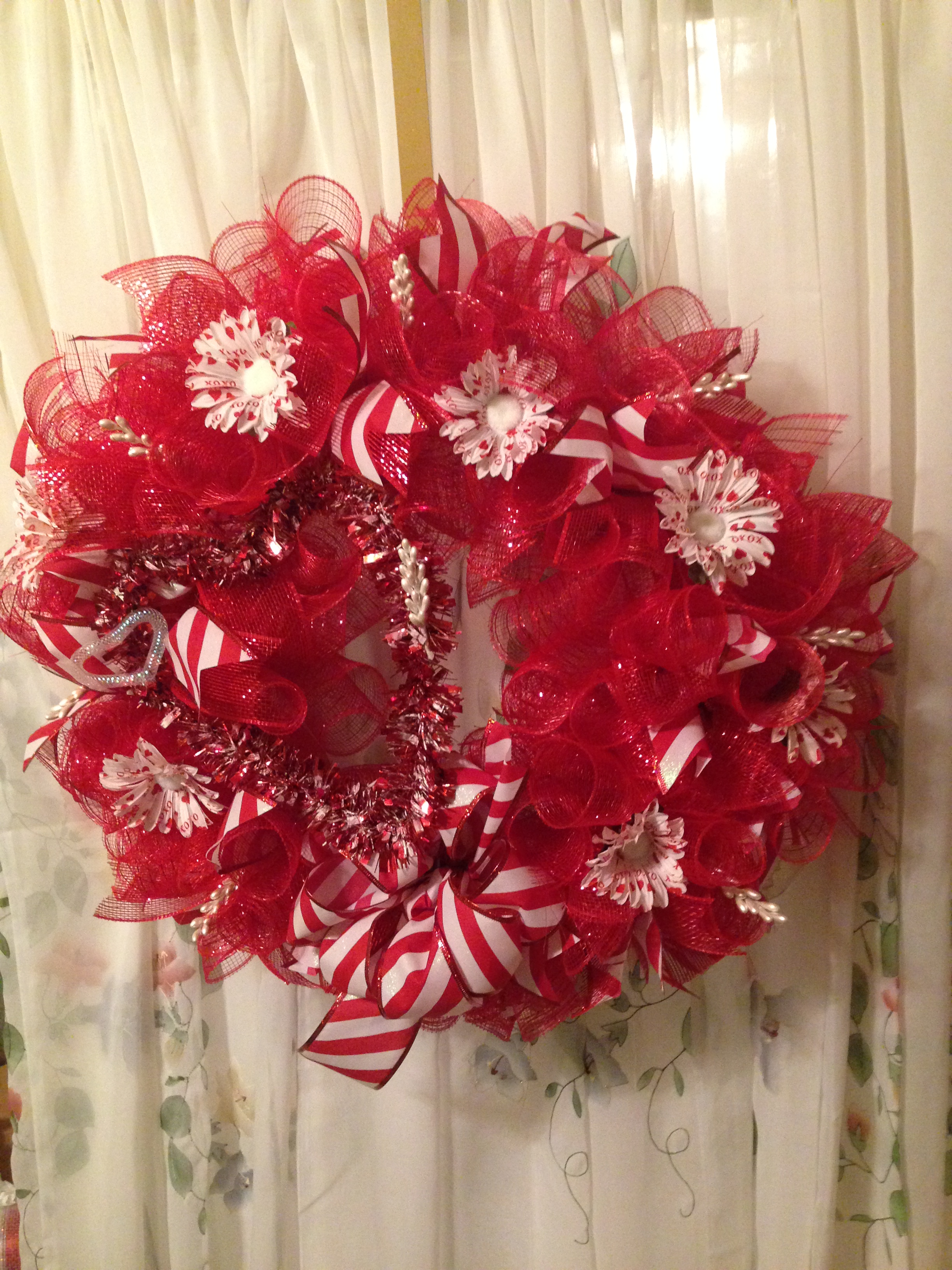 Red Deco Mesh Wreath Heart Tipped White Flowers Striped Ribbon On