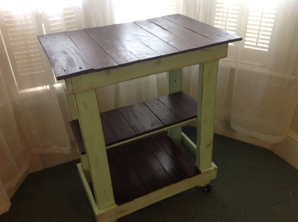 Rustic Country Cottage Pallet Kitchen Cart
