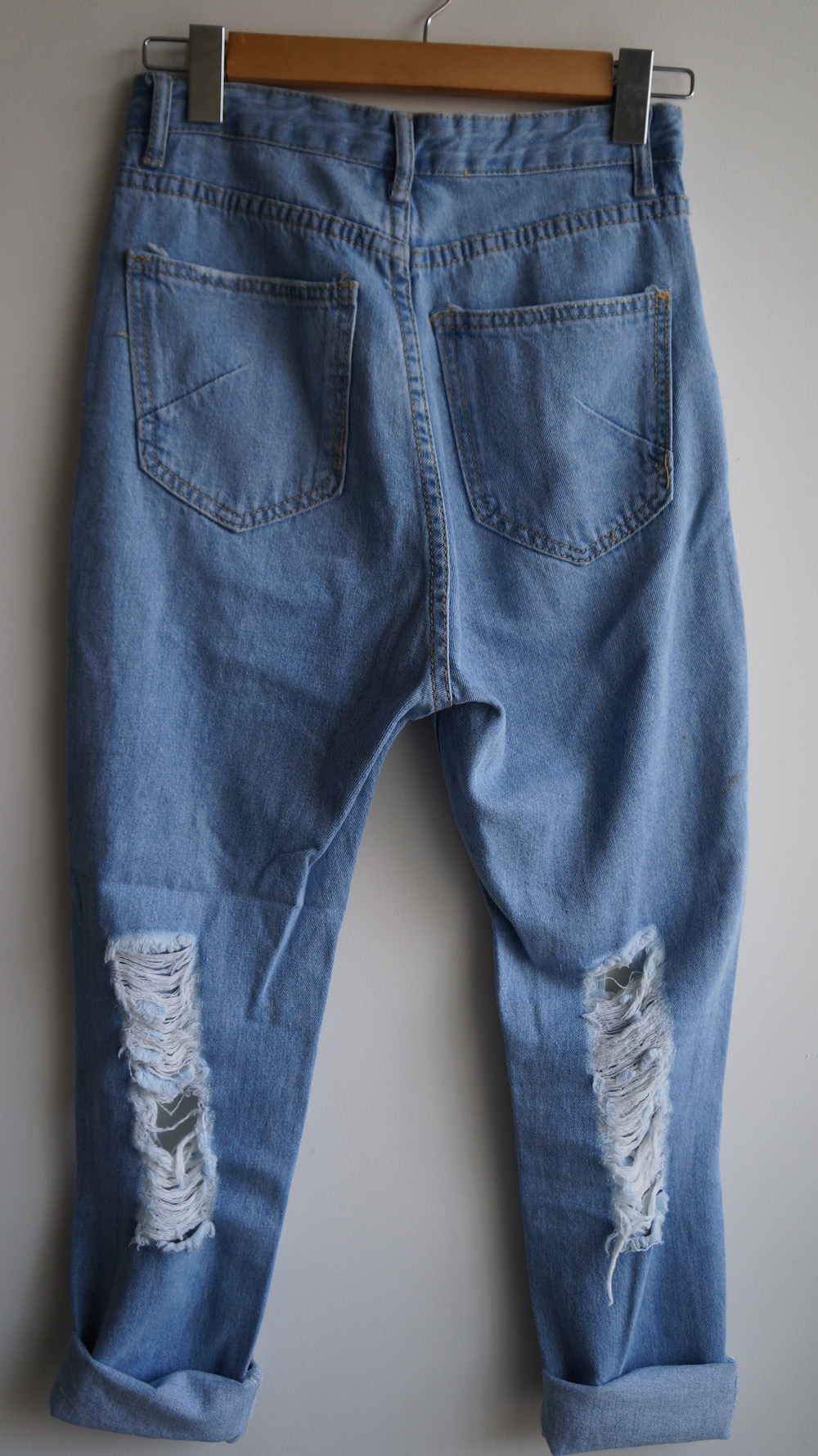 4a088f5d117 Vintage 90s High Waisted Ripped Distressed Frayed Mom Light Denim Jeans S-M  (AU6-8 ...