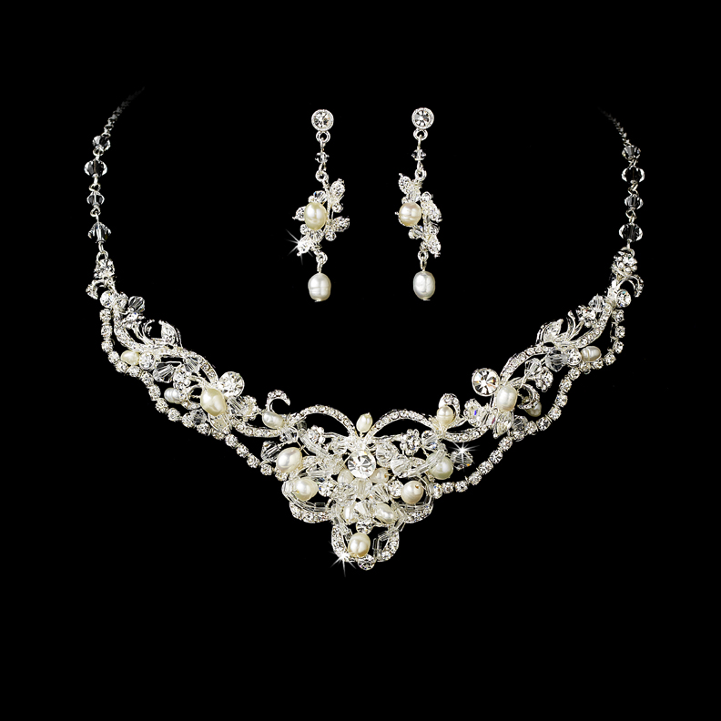 Elegant Silver Freshwater Pearl Crystal Jewelry Set Wendy S