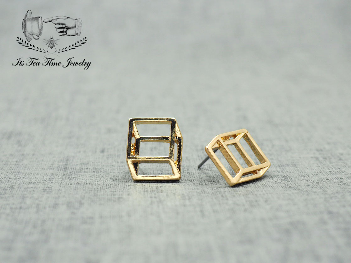 0645bc0ea Simple and chic Gold 3D Square cube stud earrings, geometric 3d earring,  dangle earrings