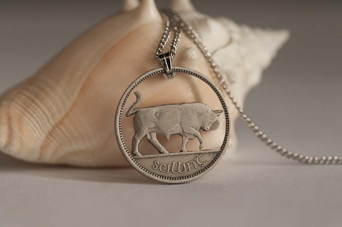 Ireland Cut Coin Necklace in Silver Colour  Irish Coin, 1 Schilling   Handmade, Bull