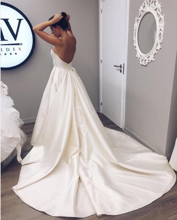 Simple Elegant Strapless long Wedding Dresses Bridal Gowns ...
