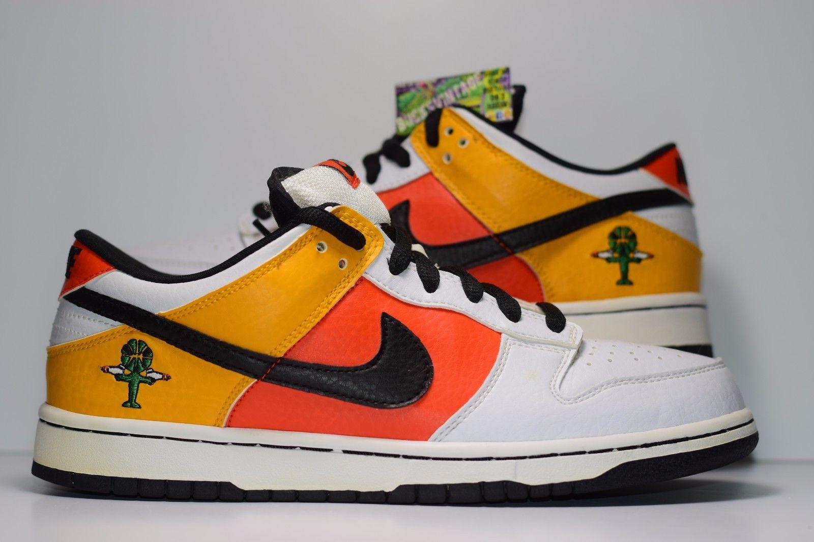 promo code 7ee4d 36ba4 Size 9 2004 Nike Dunk SB Low RAYGUN AWAY