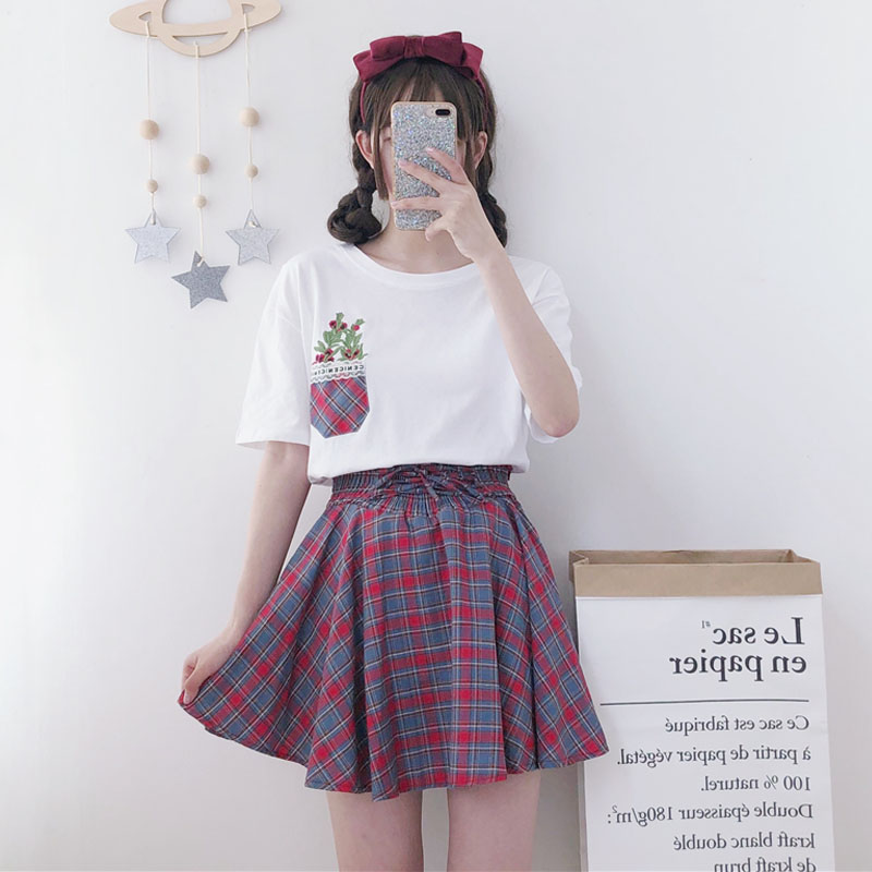 df701fb38d Embroidered short-sleeved T-shirt student plaid skirt two-piece ...