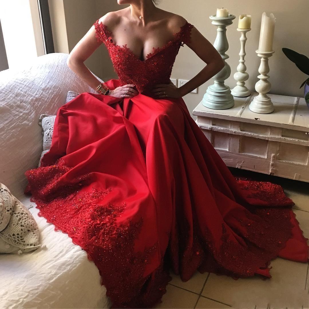 Off-the-Shoulder Red Prom Dresses   2019