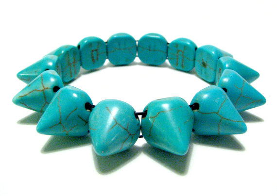 Bracelet Spike Howlite Dyed Turquoise