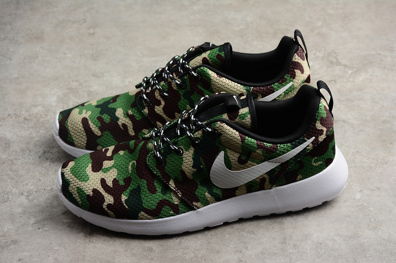 08432ce6342 Nike Roshe Run ID Green camo Running Shoes on Storenvy