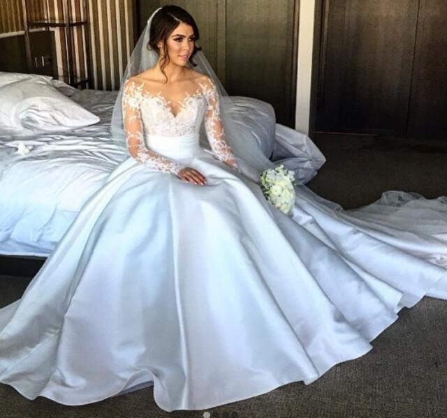 57c896205f 2019 Charming New Full Lace Split Wedding Dresses with Detachable Satin  Skirt