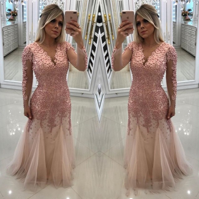 2018 Pink Long Sleeves Prom Dress Mermaid New Sexy Deep V-Neck Lace  Appliques Beaded d4ac5380b