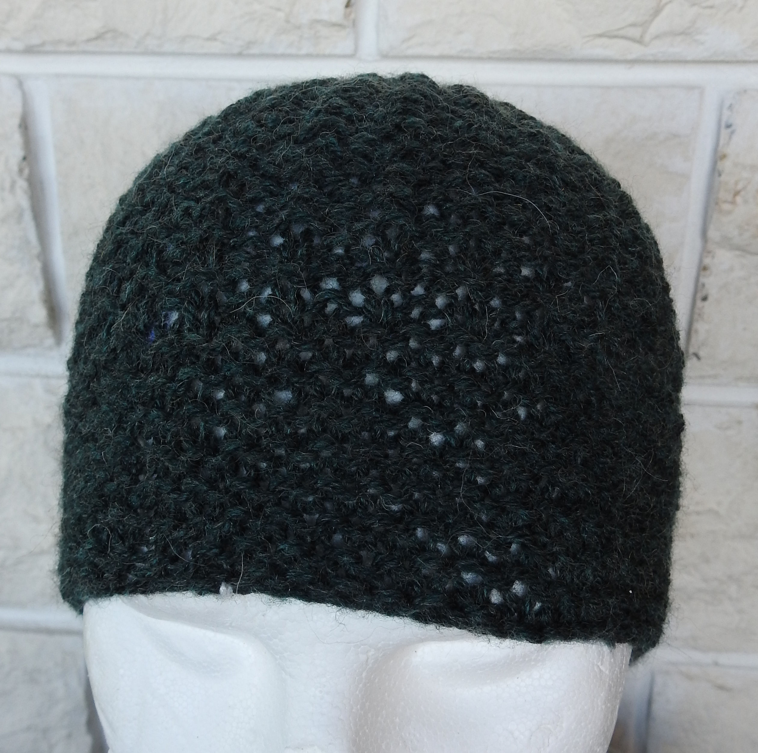 Knitted Dark Green Mens Winter Beanie Hat Free Shipping Dreams