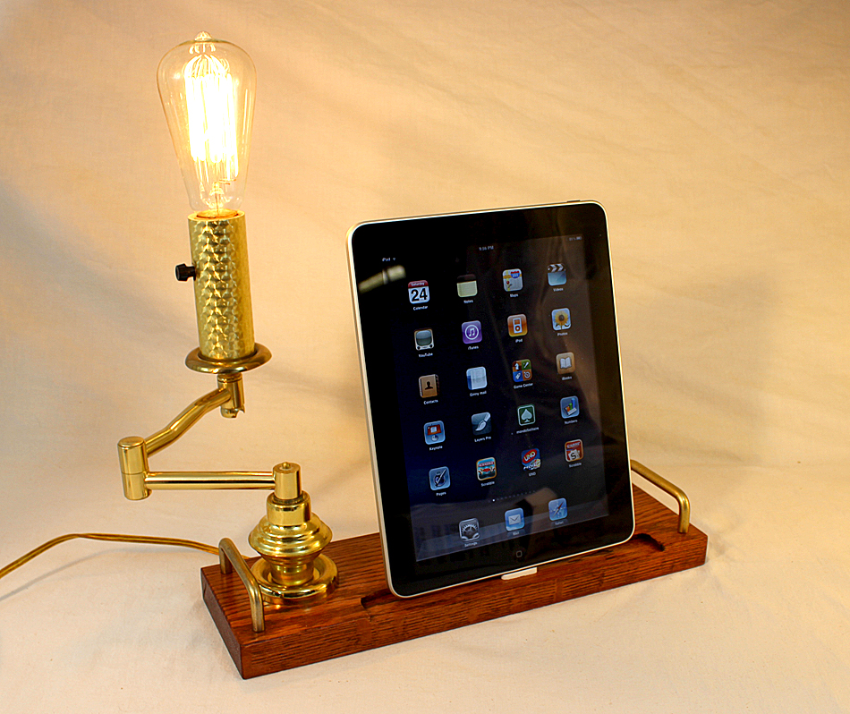 Ipad Iphone Ipod Old Time Light Dock Sync And