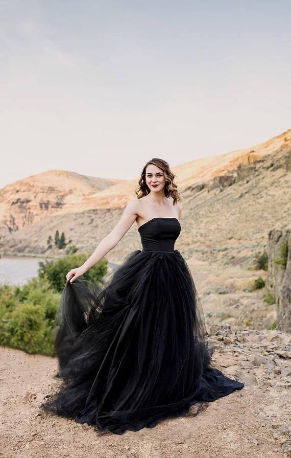 07003e8df6 Black Wedding Dresses Simple A. Victorian Gothic ...
