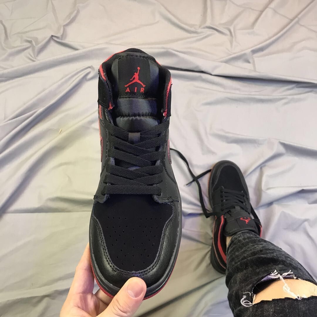 10d85d5134c ... Men Air Retro 1 Shoes Men Basketball Shoes On Sale - Thumbnail 3 ...