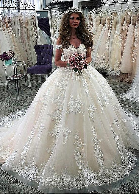 Taylor Beautiful Ivory Tulle Lace Ball Gown Wedding Dress From Curvy Brides