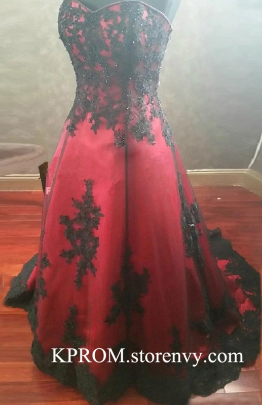 Black And Red Wedding Dress Longlace Applique Corset Sleeveless Wedding Gownbridal Dresses