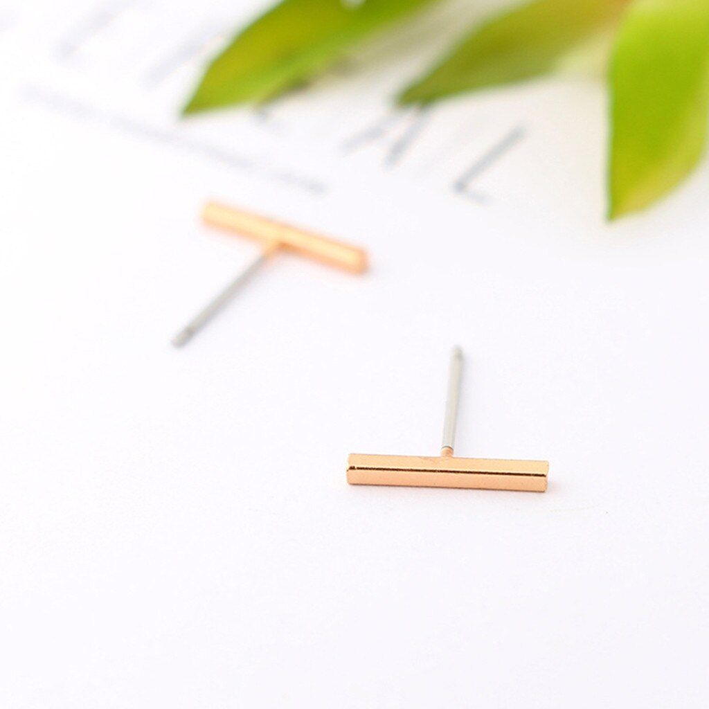 a9d9df15cba27 Alloy Earrings Simple Fashion Ear Shape Ring Combination One Of Word