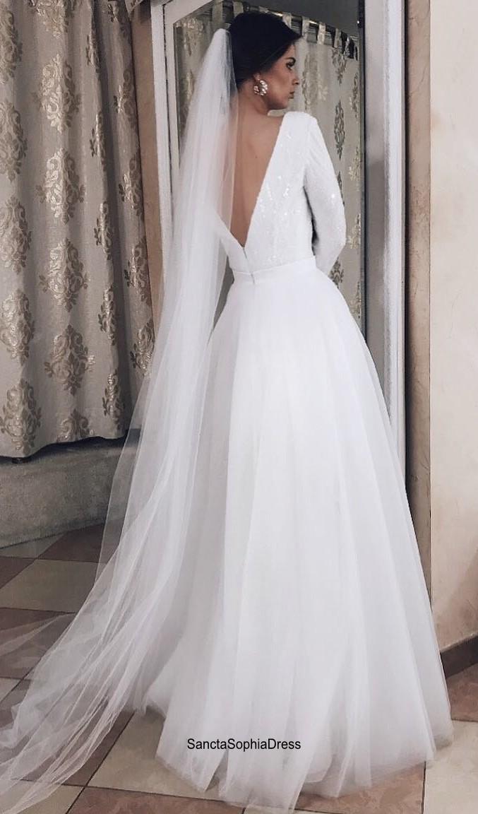 Long Sleeve Wedding Dress,V-back